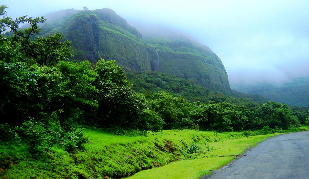 tamhini-ghat-monsoon