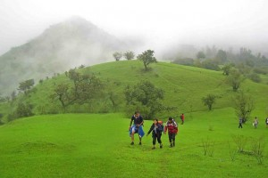 monsoon-treks-near-mumbai-pune
