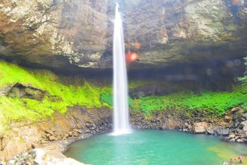 devkund-waterfall-trek