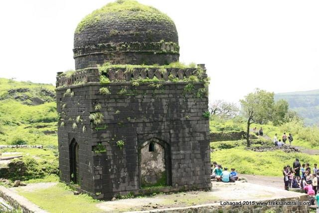 Photography opportunity at Lohagad